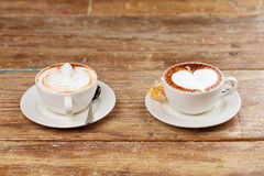 Due tazze del caffè del latte Immagine Stock Libera da Diritti