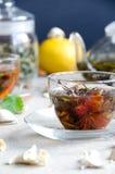 Due tazze del oolong di vetro del tè Fotografie Stock