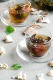 Due tazze del oolong di vetro verde del tè Fotografie Stock