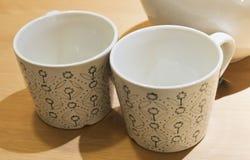Due tazze di caffè vuote o tazze di tè Fotografia Stock Libera da Diritti