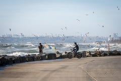 Due uomini turchi vicino al mare di Marmara Fotografia Stock