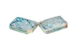 Due vecchi, Pen Eraser di gomma blu e bianco usato fotografie stock