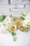 Due vetri d'annata di champagne Fotografia Stock
