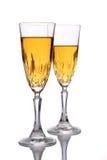 Due vetri di vino isolati contro priorità bassa bianca Fotografie Stock