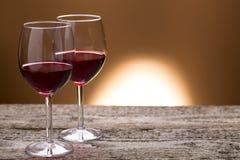 Due vetri di vino rosso Fotografie Stock Libere da Diritti