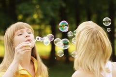 Duel de bulle de savon image libre de droits
