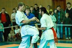 Duell av karatepraktiker Arkivfoton