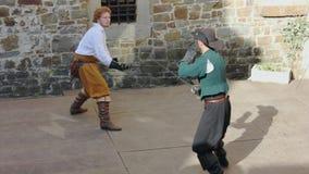 Duelo da exposição no reenactment histórico do século XVII em Gorizia vídeos de arquivo