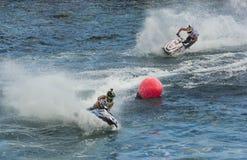 Duelo de la competencia de la raza de esquí del jet fotos de archivo