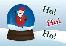 Duende alegre de Santa em um globo da neve do Natal do inverno Imagens de Stock Royalty Free