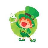 Duende feliz do dia do ` s de St Patrick que guarda a cerveja Imagem de Stock