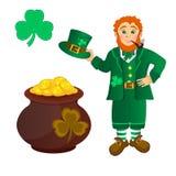 Duende, tesoro, trébol al día del St Patricks Imagen de archivo