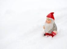 Duendecillo en la nieve Imagen de archivo