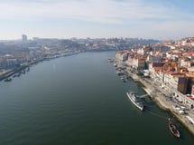 Duero-Fluss in Porto Lizenzfreie Stockfotos