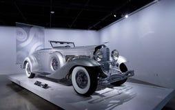 1936年Duesenberg模型SJN敞篷车小轿车 免版税库存图片