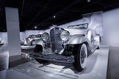 1936年Duesenberg模型SJN敞篷车小轿车 免版税图库摄影