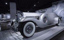 1936年Duesenberg模型SJN敞篷车小轿车 库存照片