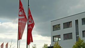 Duesseldorf/Alemanha - 20 de setembro de 2017: A linha aérea insolvente ainda está operando-se no aeroporto vídeos de arquivo