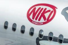 DUESSELDORF, ALEMANIA - 03 09 2017 aviones de Niki Airlines Airberlin partner en el aeropuerto Imagen de archivo