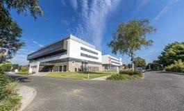 Duesseldorf, Duitsland - September 04 2017: De nieuwe gebouwen van het Florence Nightingale-ziekenhuis zullen binnen worden gebeë Stock Afbeelding