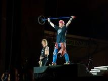 Duff McKagan e Axl Rosein atiram no concerto das rosas de N - não nesta excursão de Ámérica do Sul da vida fotografia de stock royalty free