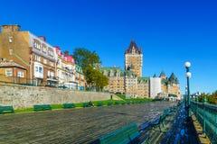 Dufferin terrass och Chateau Frontenac, i Quebec City royaltyfri fotografi