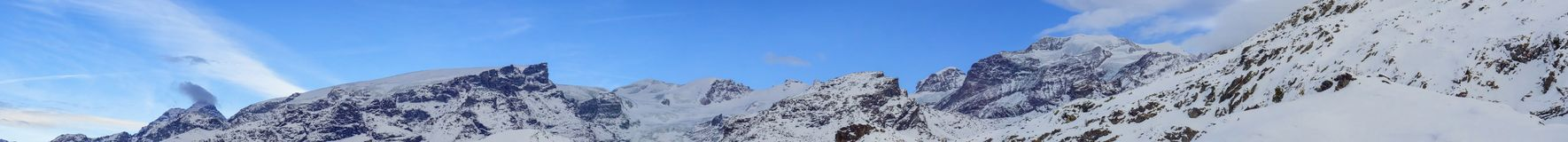 Dufourspitze和Matternhorn从Champoluc 免版税库存图片