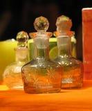 Duftstoff-Flaschen Stockfotos