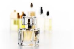Duftstoffflaschen eingestellt Stockfotos
