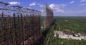 """Duga†, der Stahl-Riese nahe Tschornobyl stock footage"