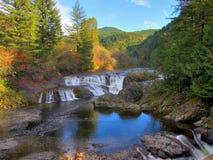 Dugan fällt Wasserfall Lizenzfreies Stockfoto
