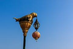 Dugongstandbeeld op elektriciteitspost Royalty-vrije Stock Fotografie