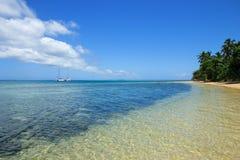 Duidelijk water bij Pangaimotu-eiland dichtbij Tongatapu-eiland in Tonga Royalty-vrije Stock Foto