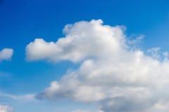 Duidelijke blauwe hemel Royalty-vrije Stock Foto's