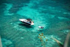 Duidelijke oceaan Royalty-vrije Stock Foto's