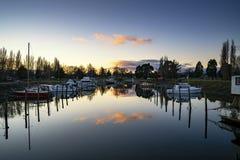 Duidelijke zonsopgang in Te Anau, Nieuw Zeeland stock afbeelding