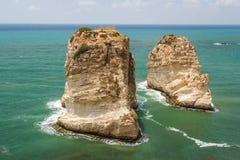 Duifrotsen in Beiroet Stock Fotografie