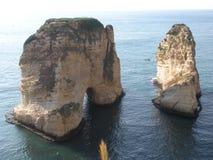 Duifrotsen (Rotsen van Raouché), Beiroet, Libanon Royalty-vrije Stock Fotografie