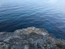 Duik in het kalme water stock fotografie