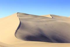 Duinen in de woestijn van Gobi in Dunhuang royalty-vrije stock foto's