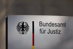 Duits Federaal Bureau van Rechtvaardigheidsteken in Bonn Duitsland royalty-vrije stock fotografie