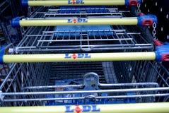 DUITS KORTINGSgrootwinkelbedrijf LIDL Stock Foto