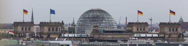 Duitse bundestag in Berlijn Duitsland van hierboven Stock Fotografie