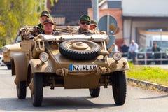Duitse kubelwagen, VW-type 82 aandrijving op een oldtimer toont Royalty-vrije Stock Foto
