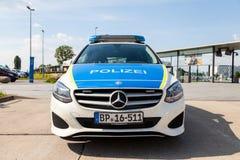 Duitse politiewagentribunes op luchthaven Royalty-vrije Stock Fotografie