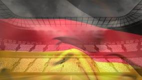 Duitse vlag die voor gevulde arena golven stock footage