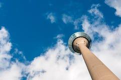 Duitsland, Dusseldorf - Oktober 17, 2014: Rhinetower Dusseldorf Th stock afbeelding