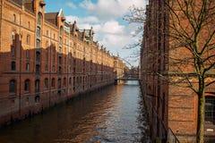 duitsland Een schuurstad met baksteenhuizen in Hamburg 13 februari, 2018 stock fotografie