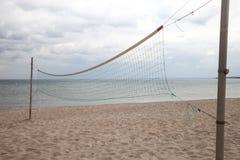Duitsland, Sleeswijk-Holstein, Oostzee, volleyball netto op strand Stock Afbeelding
