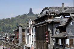 dujiangyan大厦瓷的汉语经典 库存图片